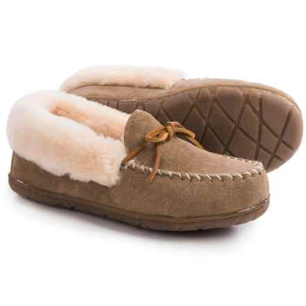 Old Friend Footwear Fina Moc Slippers - Sheepskin Lining (For Women) in Chestnut - Closeouts