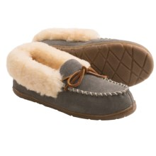 Old Friend Footwear Fina Moc Slippers - Sheepskin Lining (For Women) in Grey - Closeouts
