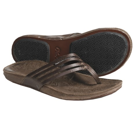 OluKai Mahana Thong Sandals - Leather (For Women) in Dark Java