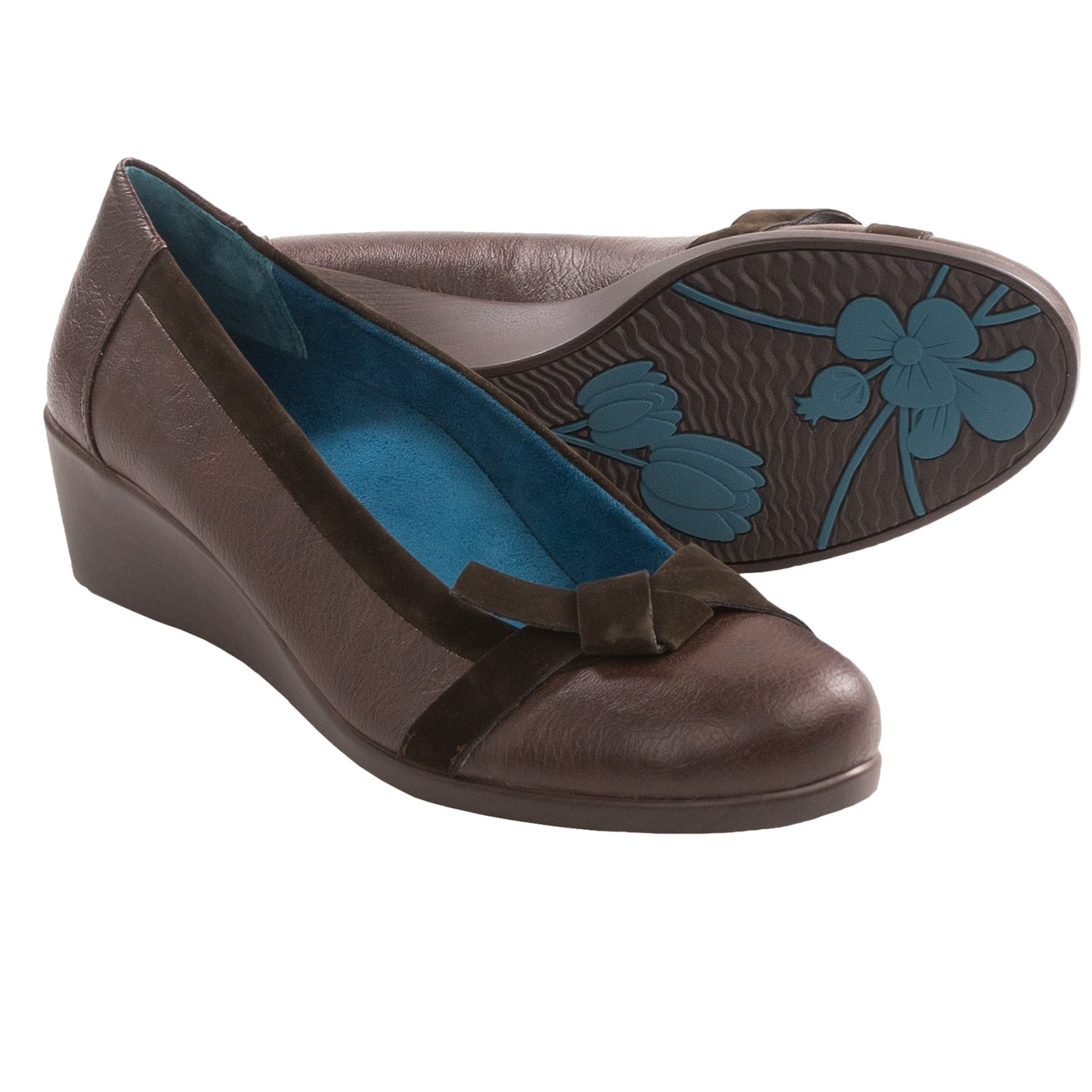 Orthaheel Chloe Wedge Shoes (For Women) in Chocolate