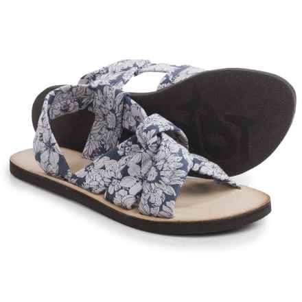 OTBT Citrus Sandals (For Women) in Blue/White - Closeouts