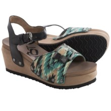 OTBT Danbury Platform Wedge Sandals (For Women) in Black - Closeouts