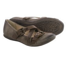 OTBT Park Hills Flats (For Women) in Mint Nubuck - Closeouts