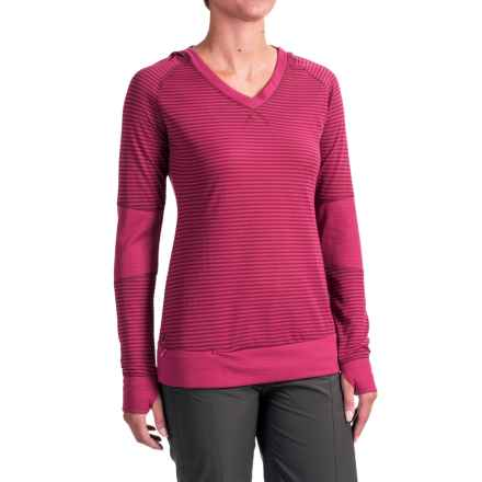Outdoor Research Umbra Hooded Shirt - Long Sleeve (For Women) in Sangria - Closeouts