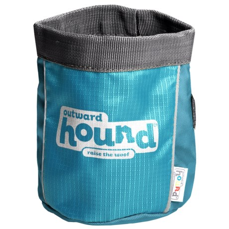 Outward Hound Treat-N-Train Bag in Blue