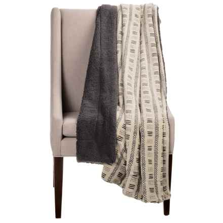 "Pacific Crest Cote Divoire Luxury Berber Throw Blanket - 50x60"" in Ivory / Grey - Overstock"