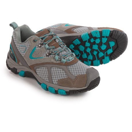 hiking shoes vs running shoes 28 images hiking boots