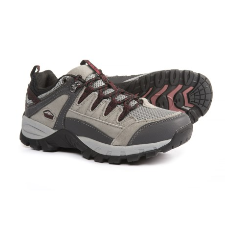 Pacific Trail Plateau Hiking Shoes (For Women) in Grey/Gunmetal/Burgundy