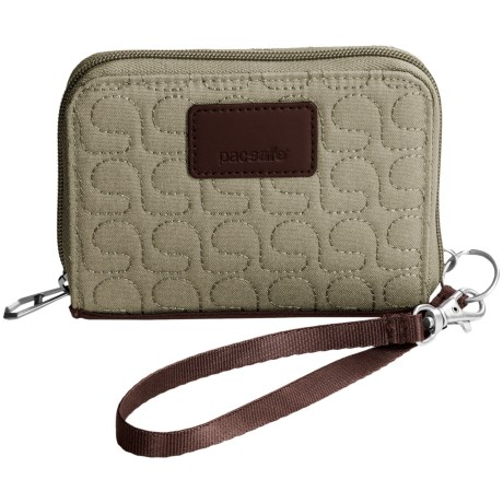 Pacsafe Anti-Theft RFIDsafe W100 Wallet in Rosemary