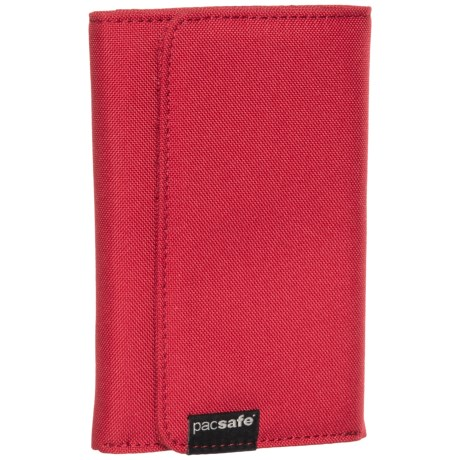 Pacsafe RFIDsafe® LX100 Wallet in Chili