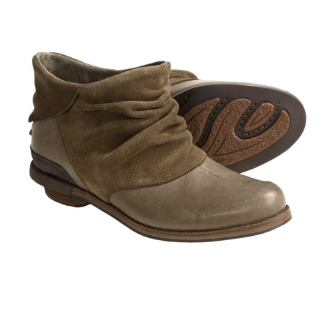 Patagonia Addie Ruffle Ankle Boots - Leather, Recycled Materials (For Women) in Peat Brown