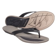 Patagonia Bandha Thong Sandals - Leather (For Women) in Black - Closeouts