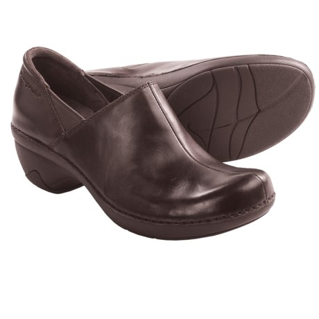 Patagonia Better Clog Smooth Shoes - Leather (For Women) in Sable Brown Smooth