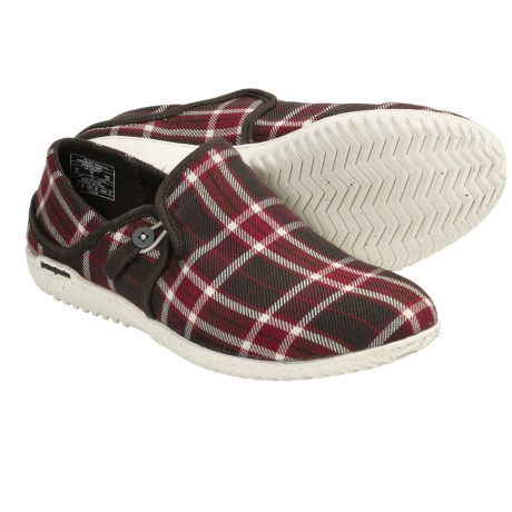 Patagonia Kula Button Shoes - Slip-Ons (For Women) in Red Plaid
