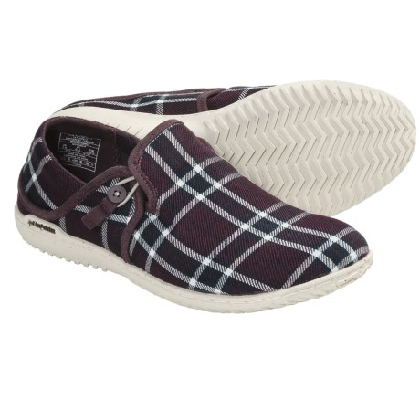Patagonia Kula Button Shoes - Slip-Ons (For Women) in Wine Tasting Plaid