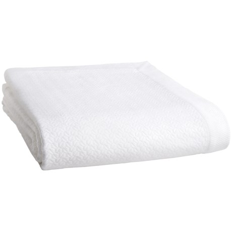Peacock Alley Amelia Blanket - Queen in White
