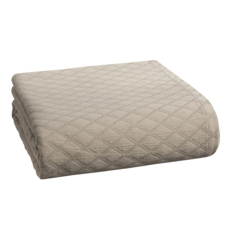 Peacock Alley Diamond Coverlet Bedspread - King in Platinum