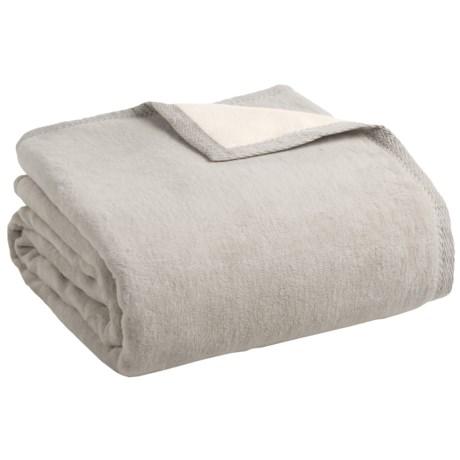 Image of Peacock Alley Four Season Reversible Egyptian Cotton Blanket - Queen