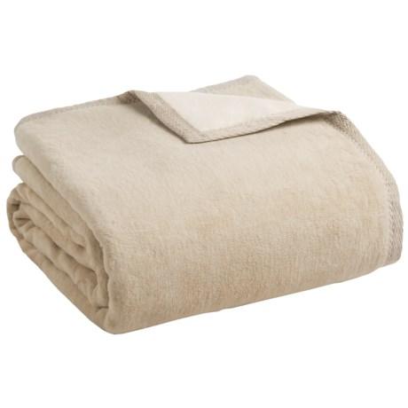 Peacock Alley Four Season Reversible Egyptian Cotton Blanket - Queen in Linen