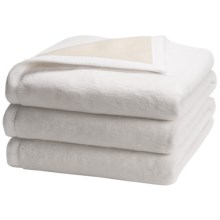 "Peacock Alley ""My Favorite"" Egyptian Cotton Blanket - Queen, Reversible in White/Natural - Overstock"