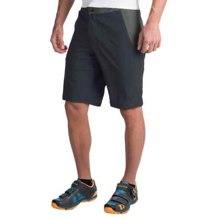 Pearl Izumi Canyon Bike Shorts (For Men) in Black - Closeouts