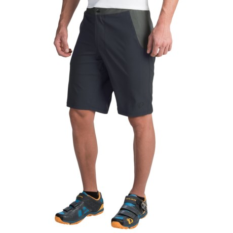 Pearl Izumi Canyon Cycling Shorts (For Men) in Black