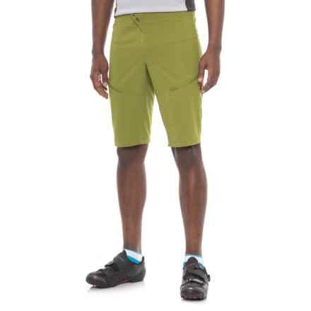 Pearl Izumi Divide Mountain Bike Shorts (For Men) in Avocado / Citron - Closeouts