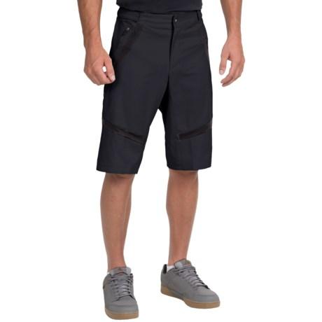 Pearl Izumi Divide Mountain Bike Shorts (For Men) in Black