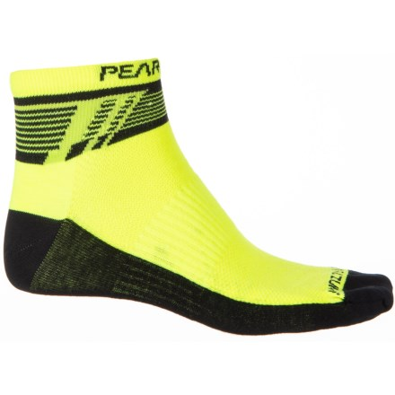 6e2b98baa92 Pearl Izumi ELITE Low Socks - Ankle (For Men) in Ascend Screaming Yellow -