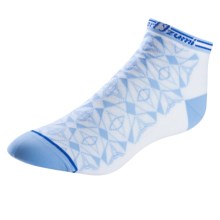 Pearl Izumi ELITE Low Socks - Below the Ankle (For Women) in Colorado Dazzling Blue - Closeouts