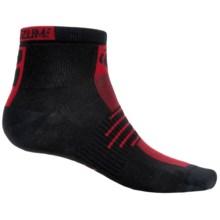 Pearl Izumi ELITE Low Socks (For Men) in True Red - Closeouts