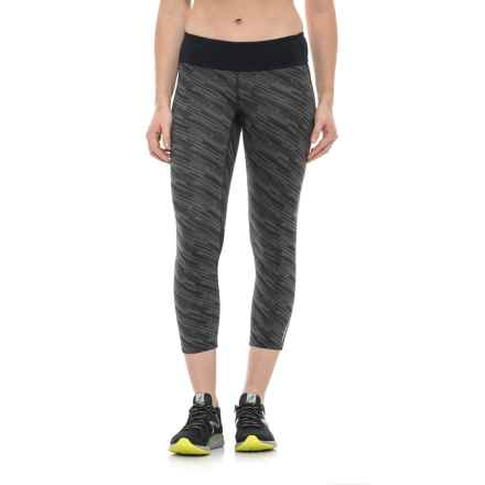 Pearl Izumi Flash Print Capris (For Women) in Black/Shadow Grey Print - Closeouts
