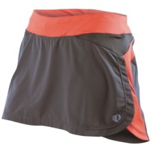 Pearl Izumi Infinity Run Skort (For Women) in Shadow Grey/Coral - Closeouts