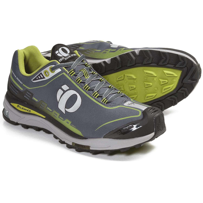 Pearl Izumi isoSeek IV WRX Trail Running Shoes (For Men) in Black