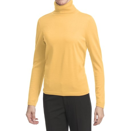 Pendleton Classic Turtleneck Sweater - Merino Wool (For Women) in Cornsilk