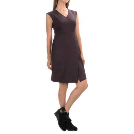 Pendleton Herringbone New Angle Dress - Wool, Sleeveless (For Women) in Zinfandel - Closeouts
