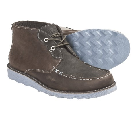 Penguin Footwear Moka Kahn Chukka Boots (For Men) in Dark Grey