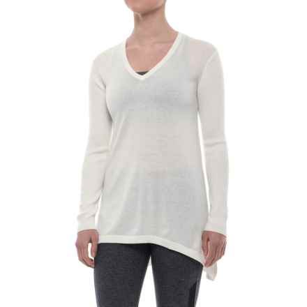 Peony V-Neck Tunic Sweater (For Women) in White - Closeouts