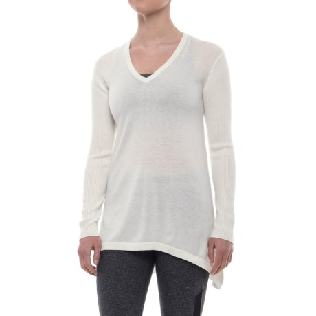 Peony V-Neck Tunic Sweater (For Women) in White