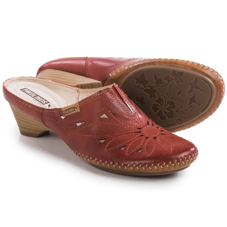 Pikolinos Bariloche Shoes Leather, Slip Ons (For Women)
