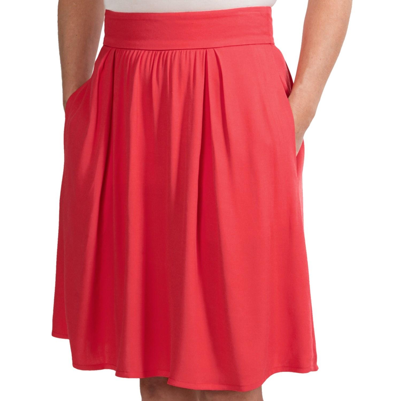 Model Lacoste Womens Pleated Skirt  Laser Blue  Tennisnutscom