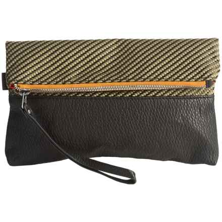 Pistil Have We Met Wristlet (For Women) in Iguana - Closeouts