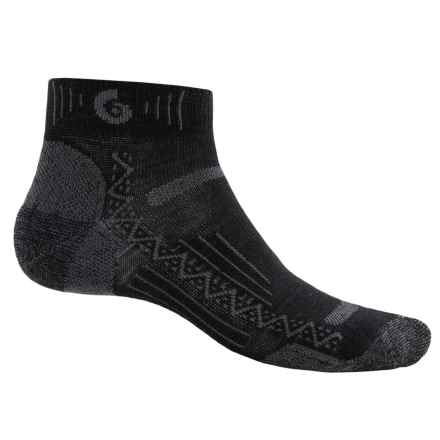 Point 6 Point6 Hiking Tech Socks - Merino Wool, Quarter-Crew (For Men and Women) in Black - Closeouts