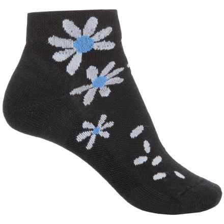 Point 6 Point6 Wildflower Extra-Light Socks - Merino Wool, Quarter Crew (For Women) in Black - Closeouts