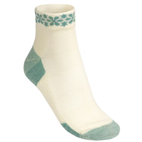 Point6 Daisy Row Socks - Merino Wool, Ankle (For Women) in Natural/Ocean