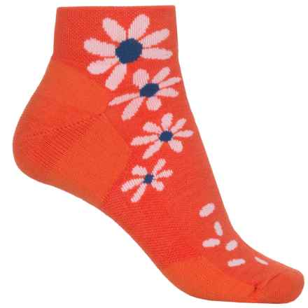 Point6 Wildflower Extra-Light Socks - Merino Wool, Quarter Crew (For Women) in Coral - Closeouts
