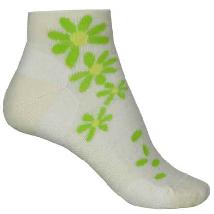 Point6 Wildflower Extra-Light Socks - Merino Wool, Quarter Crew (For Women) in White - Closeouts