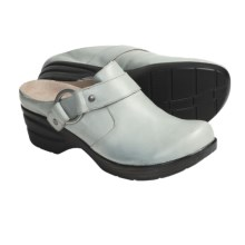 Portlandia Eugene Clogs - Leather (For Women) in Light Grey - Closeouts
