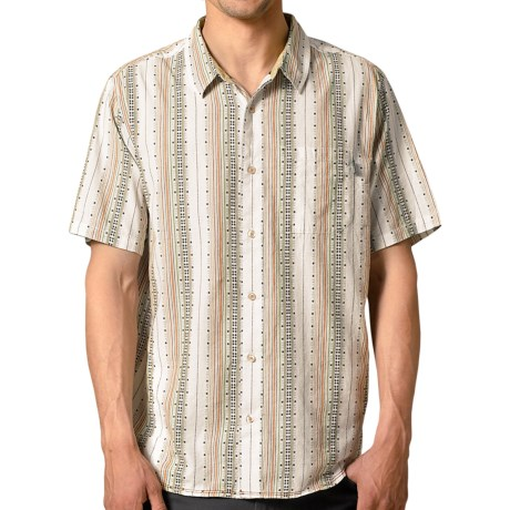 prAna Carillo Shirt - Organic Cotton, Short Sleeve (For Men) in Tan