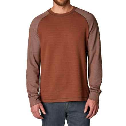 prAna Drifter Crew Shirt - Organic Cotton, Long Sleeve (For Men) in Picante - Closeouts